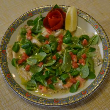 carpaccio-storione-spada-salmone-valeriana